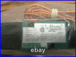 Numatics 082SS431J013A30 Electrically-actuated Pneumatic Double Direct Solenoid