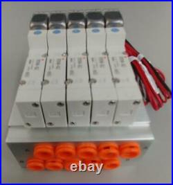 SMC PNEUMATIC MANIFOLD BASE SS5Y5-42-02-N7T With QTY 5 Solenoid Valve SY3140-5LZ